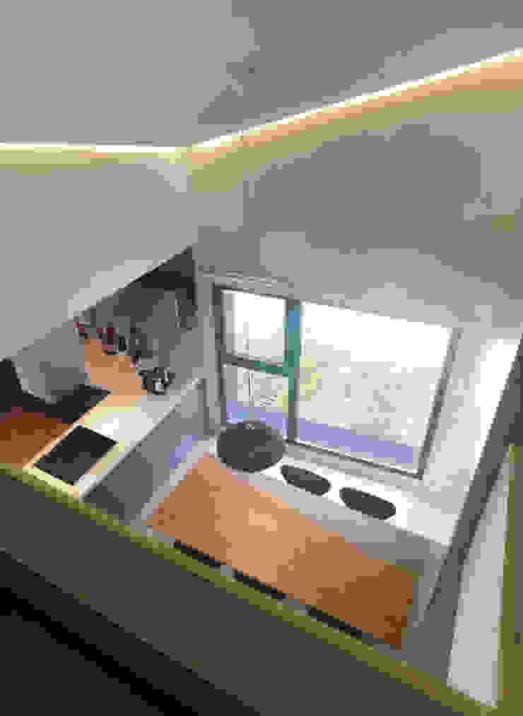 소수건축사사무소 Ruang Keluarga Modern