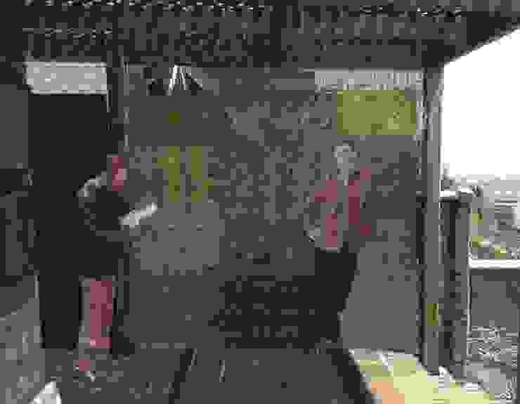 Muro verde. de Landscape_lab Moderno