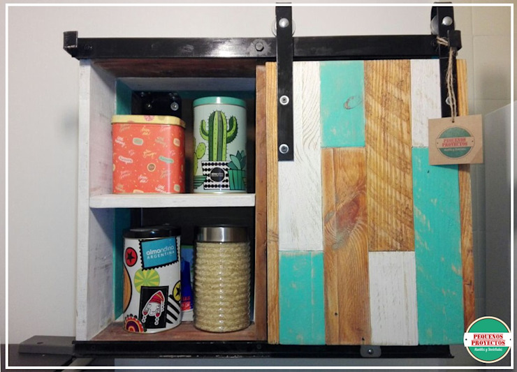 Kitchen units by Pequeños Proyectos, Rustic Wood Wood effect