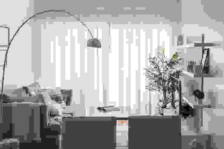 Obra Avalos - Diseño Integral Living comedor: Livings de estilo  por Bhavana,Moderno