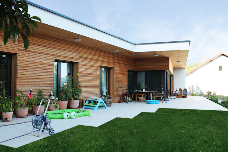 Bungalows by AL ARCHITEKT -  in Wien, Modern Wood Wood effect