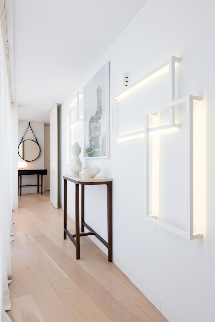 LAVRADIO DESIGN Corridor, hallway & stairsAccessories & decoration White