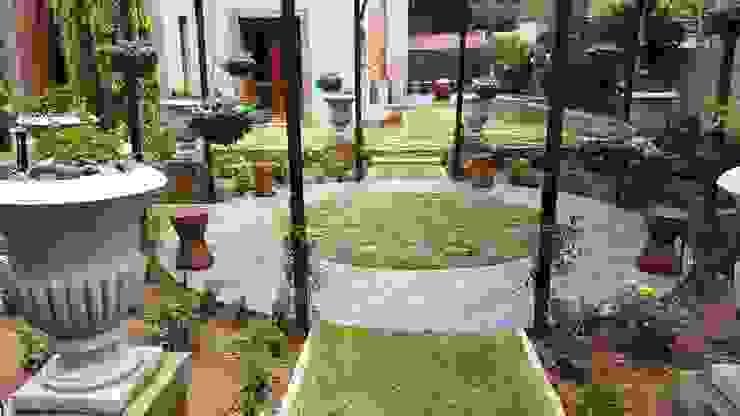 클래식스타일 정원 by Gorgeous Gardens 클래식