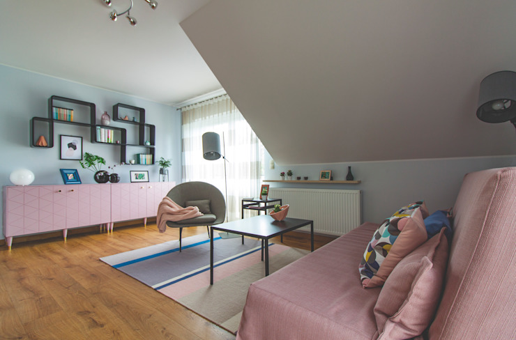 Pokój gościnny po metamorfozie Mhomestudio Skandynawska sypialnia