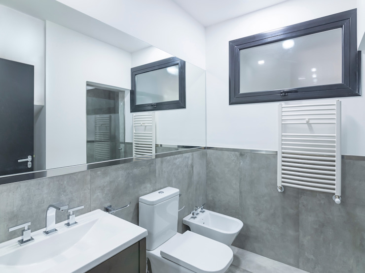 Modern style bathrooms by D'ODORICO ARQUITECTURA Modern