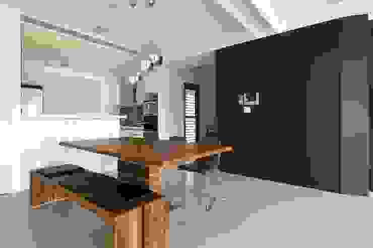 Comedores de estilo minimalista de 禾光室內裝修設計 ─ Her Guang Design Minimalista
