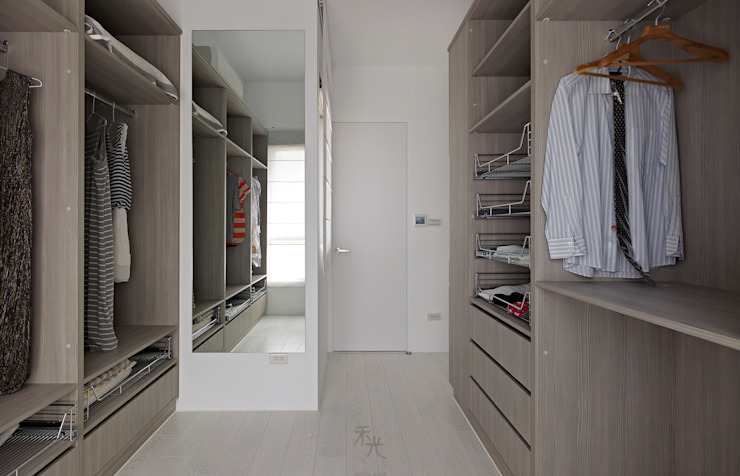 Dressing room by 禾光室內裝修設計 ─ Her Guang Design, Minimalist