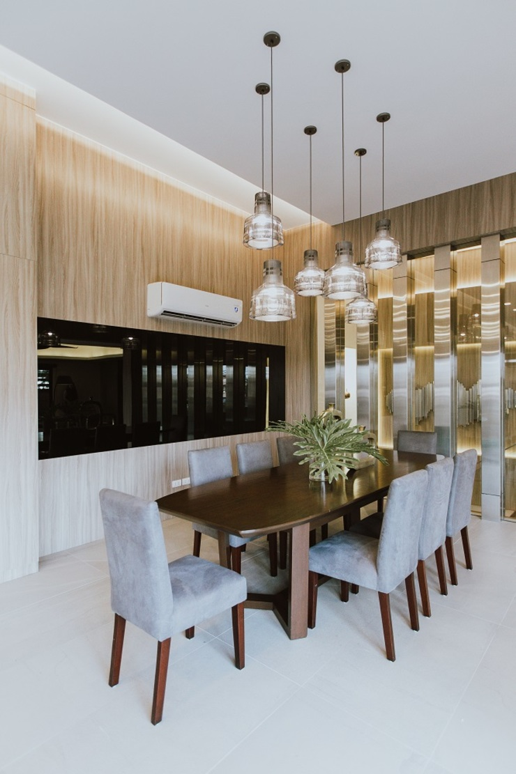 Dining Room Modern dining room by Living Innovations Design Unlimited, Inc. Modern