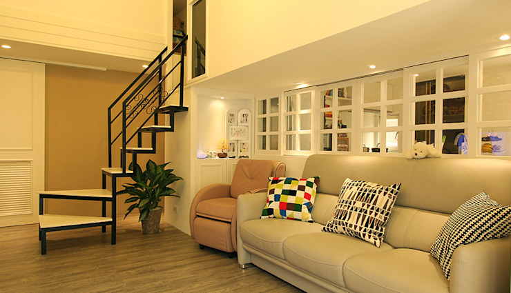 YU SPACE DESIGN Modern living room Glass White