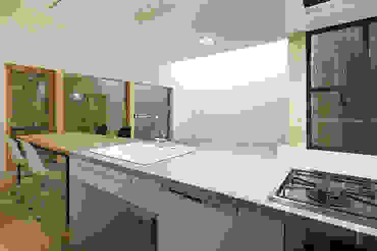 一級建築士事務所 Atelier Casa Scandinavian style kitchen Tiles