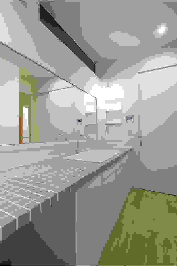 一級建築士事務所 Atelier Casa Scandinavian style spa Tiles