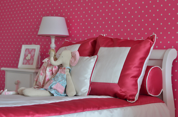 Girls Bedroom by STOOL INTERIORS