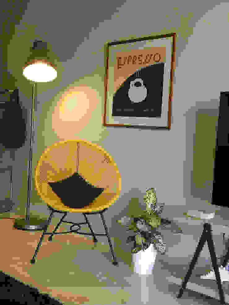 Salón Low Cost Cristina Lobo SalonesTaburetes y sillas