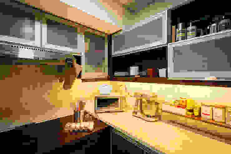 Sonata Private Residences by TG Designing Corner Modern