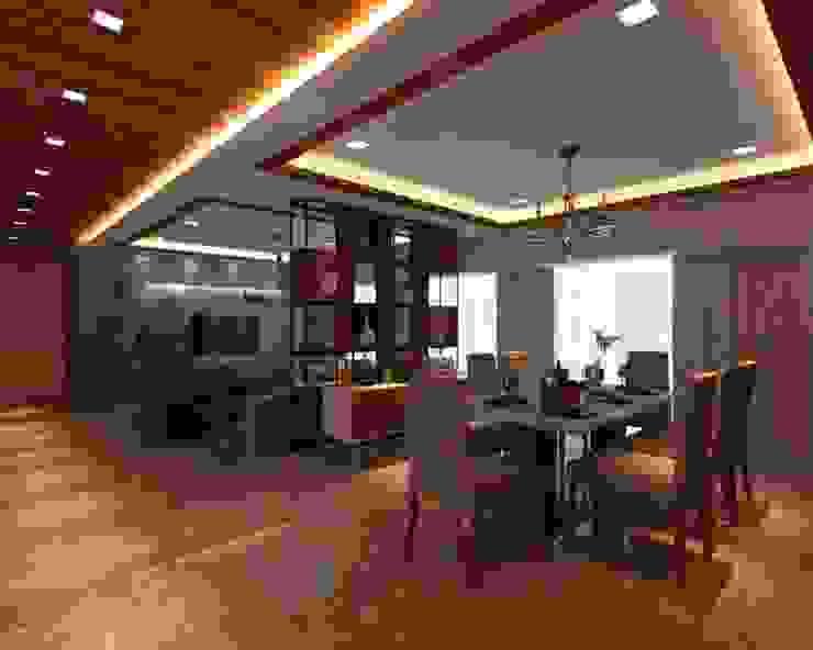Ashish Rai Residence Asian style living room by Midas Dezign Asian