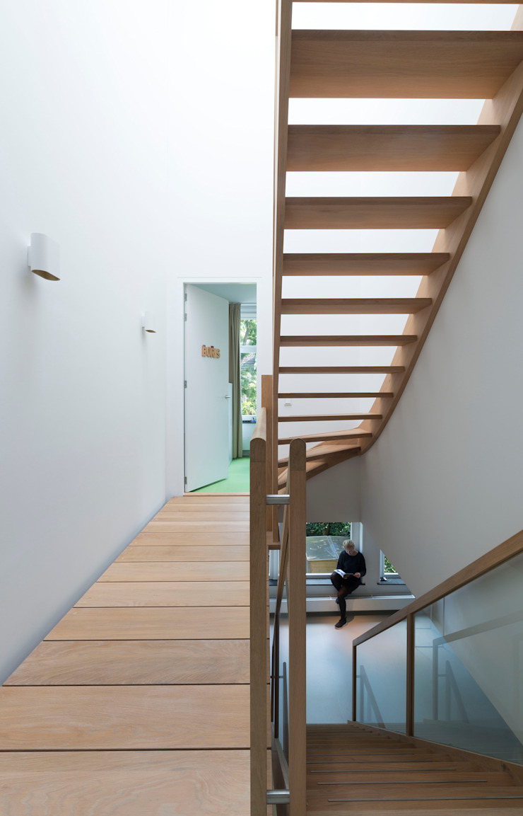 di Arconiko architecten Minimalista