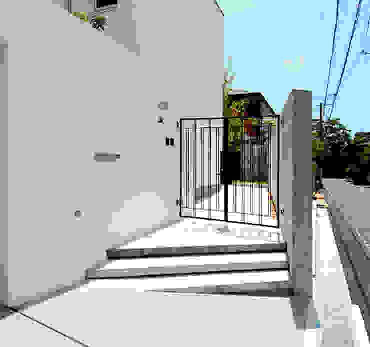 O Residence in Iwazono homify 現代房屋設計點子、靈感 & 圖片