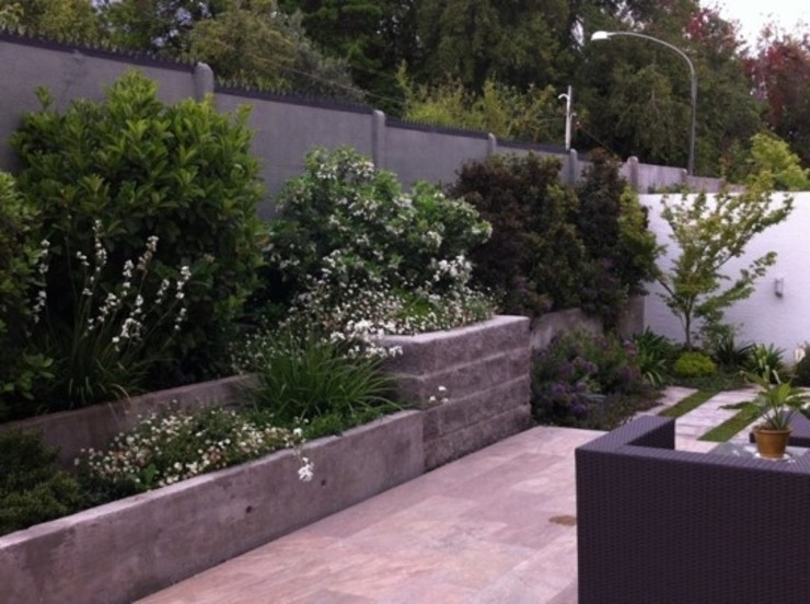 Proyecto de Paisajismo Familia Ruiz Aliwen Paisajismo Jardines de estilo moderno