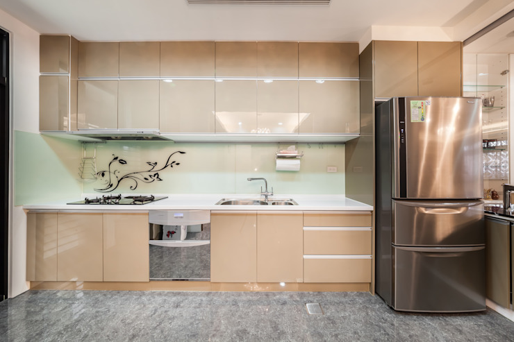 金碧奢華感巧思美宅 根據 好室佳室內設計 現代風
