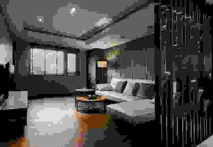 辰林設計 Modern living room Brown