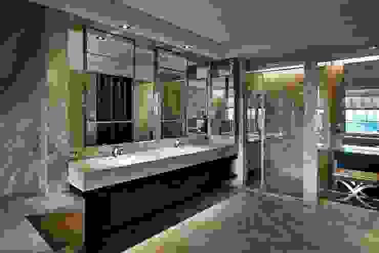 辰林設計 Modern bathroom Brown