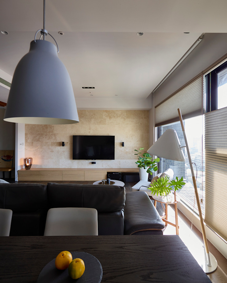 客餐廳 现代客厅設計點子、靈感 & 圖片 根據 樸十設計有限公司 SIMPURE Design 現代風