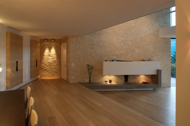 Living room by Studio Marastoni,