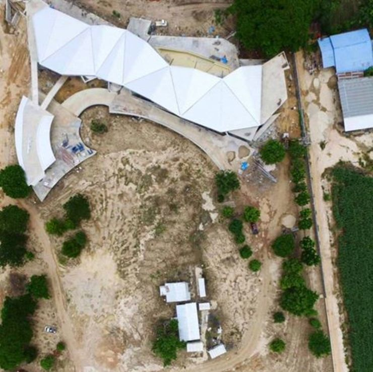 Drone View โดย อินเตอร์โฮมพรอพเพอร์ตี้ โมเดิร์น คอนกรีต