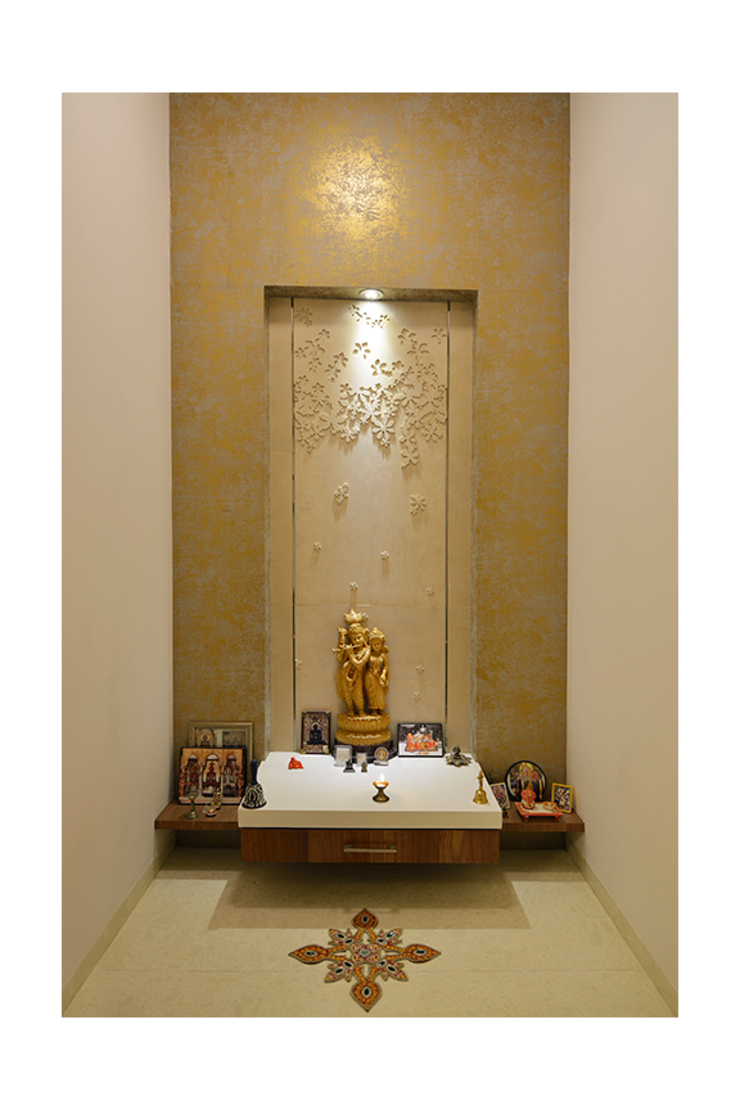 Puja room Modern Walls and Floors by Ineidos Modern