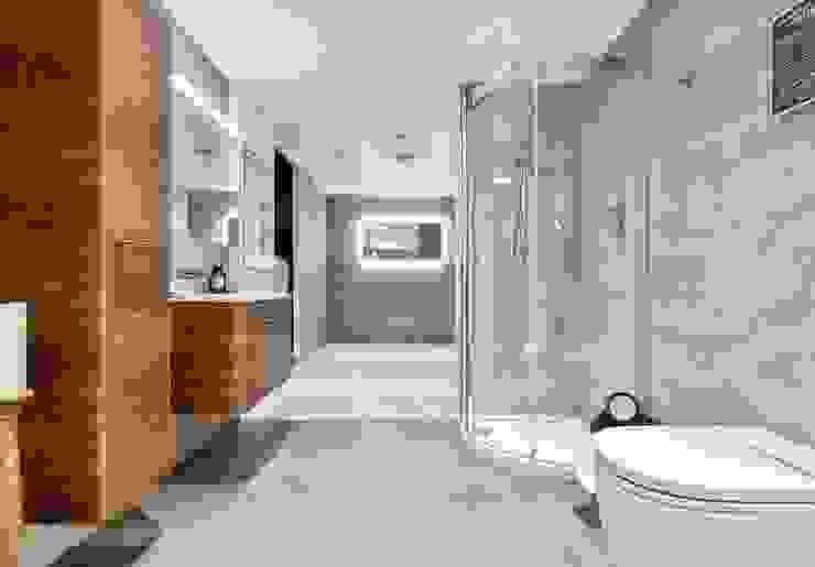 Brentford Showroom, TW8 Phòng tắm phong cách hiện đại bởi BathroomsByDesign Retail Ltd Hiện đại