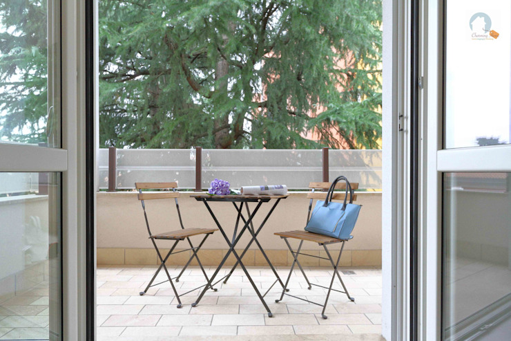 Charming Home Balcon, Veranda & Terrasse modernes