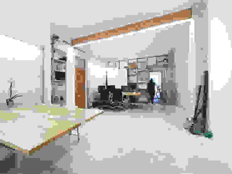 Eseiesa Arquitectos ห้องทำงาน/อ่านหนังสือ Wood effect