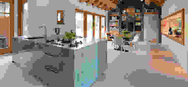 Ontwerp keuken met Michellinsterren EMYKO   Residential Interior Design Moderne keukens