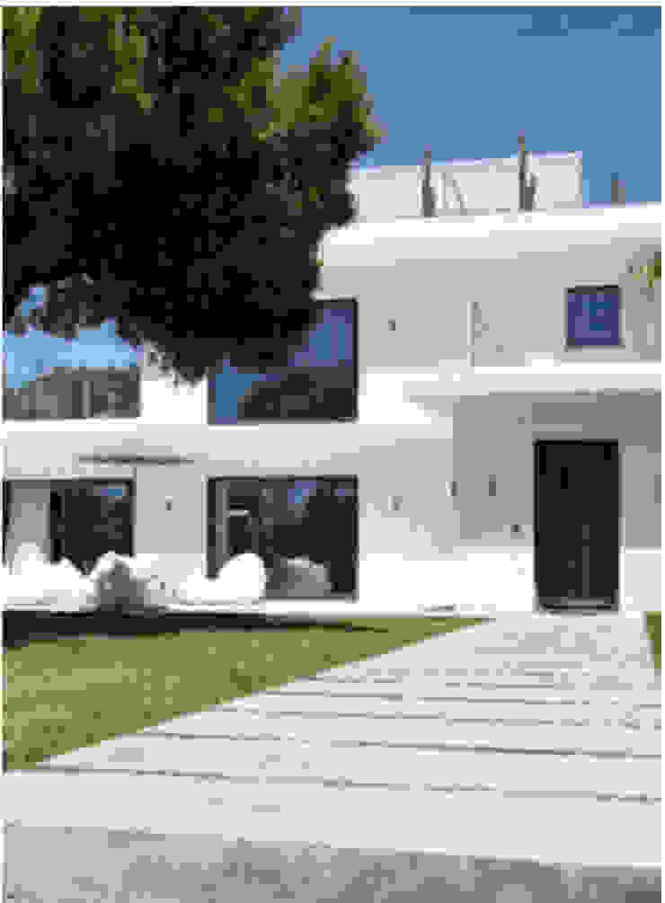 Projeto Qta. da Marinha Officina Boarotto Casas modernas
