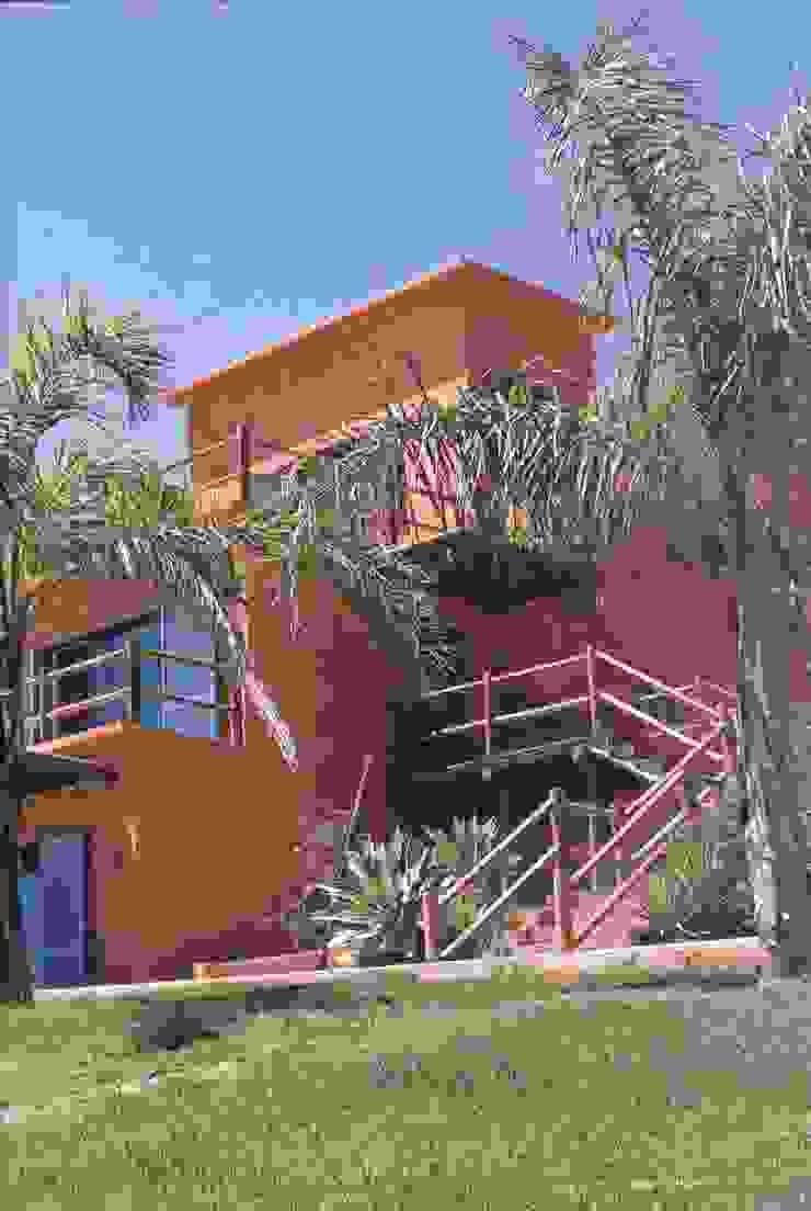 Projeto Serra de Loulé Officina Boarotto Casas modernas