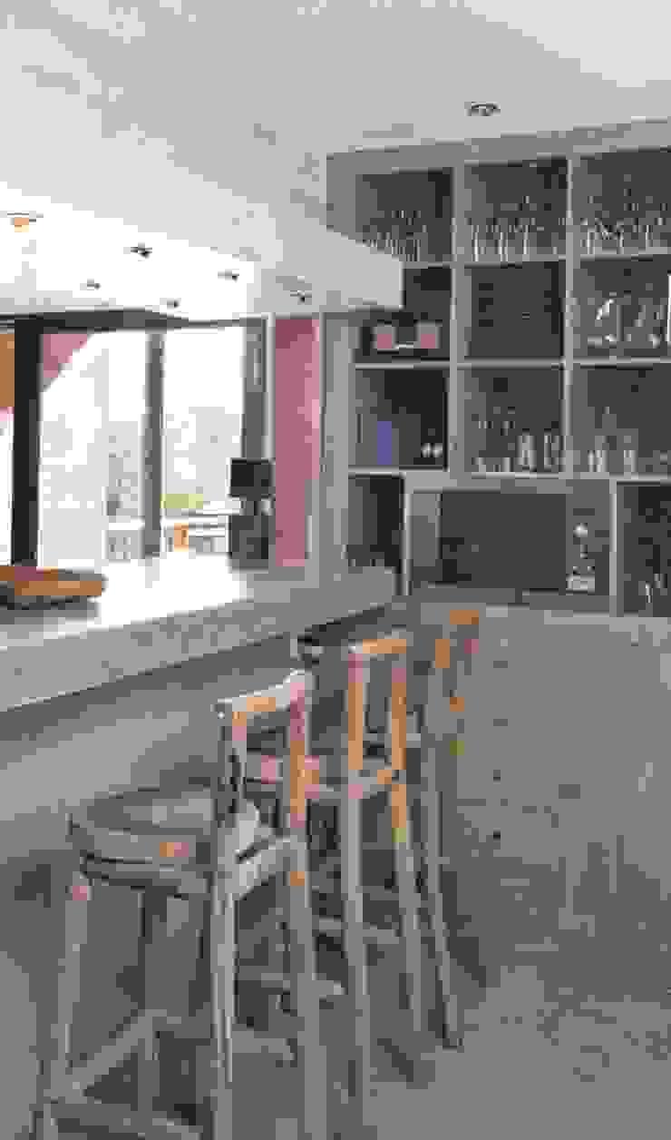 Projeto Serra de Loulé Officina Boarotto Cozinhas modernas