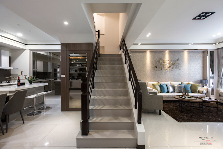 良勳建設-蕾夢湖 II SING萬寶隆空間設計 經典風格的走廊,走廊和樓梯