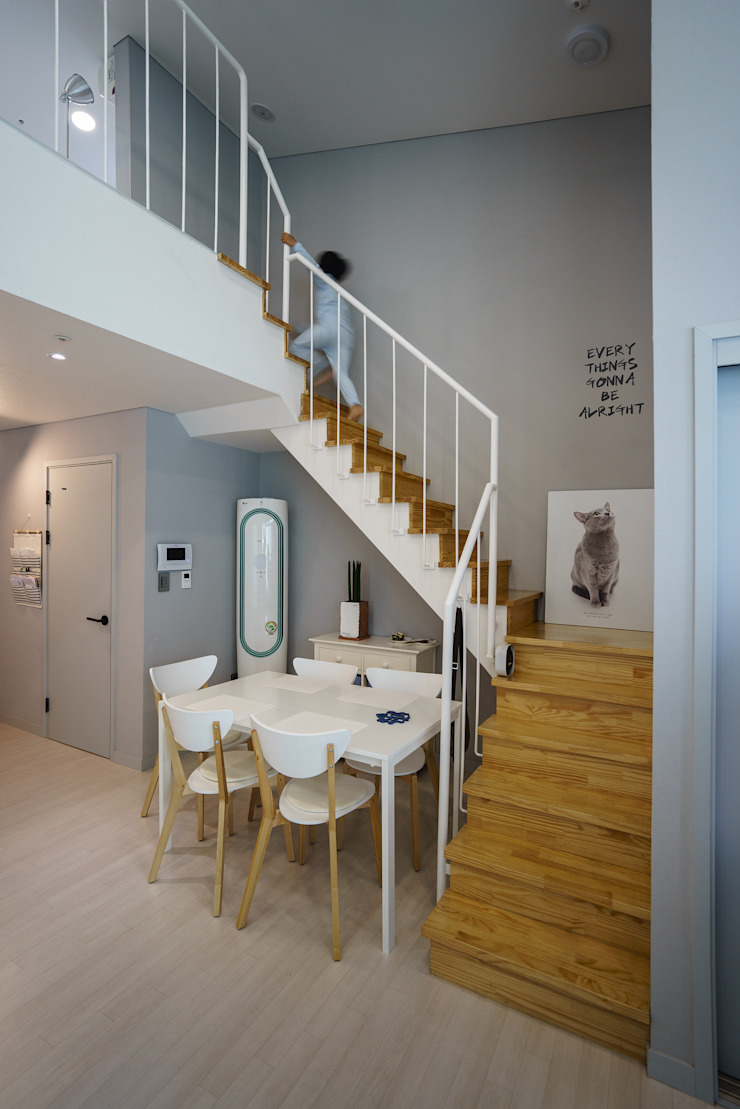 Modern Corridor, Hallway and Staircase by TODOT Modern