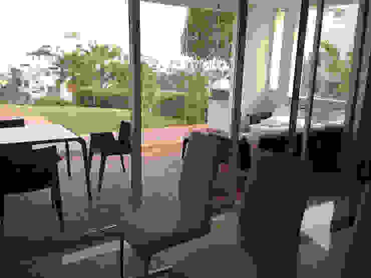 Salón Moderno Cristina Lobo SalonesTaburetes y sillas