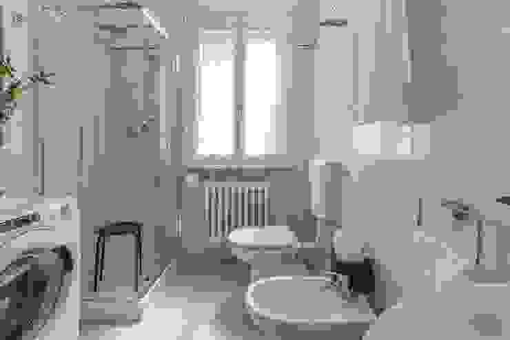 من Anna Leone Architetto Home Stager تبسيطي