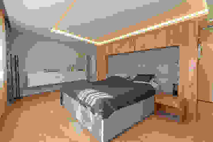 Phòng ngủ phong cách hiện đại bởi Manufaktur Hommel Hiện đại