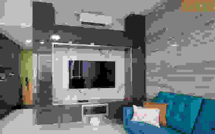 Designer House Salas de estilo moderno Cobre/Bronce/Latón Gris