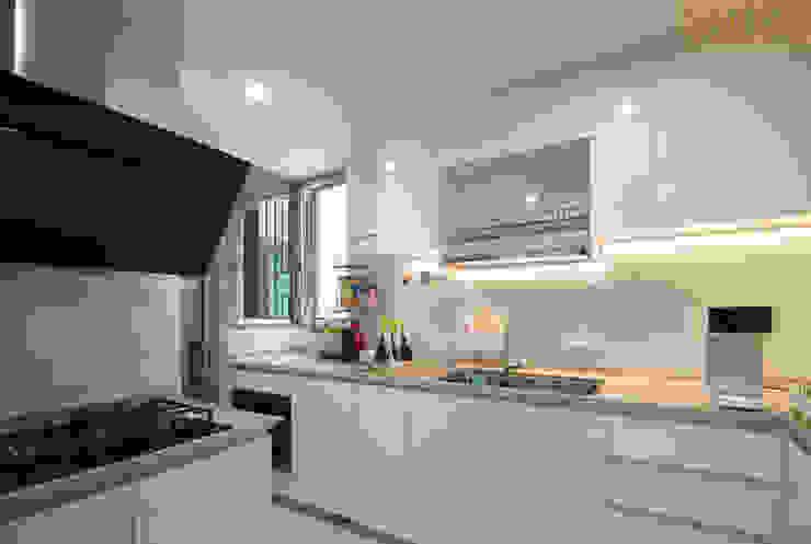 Kitchen Cabinet Designer House Kitchen Glass White