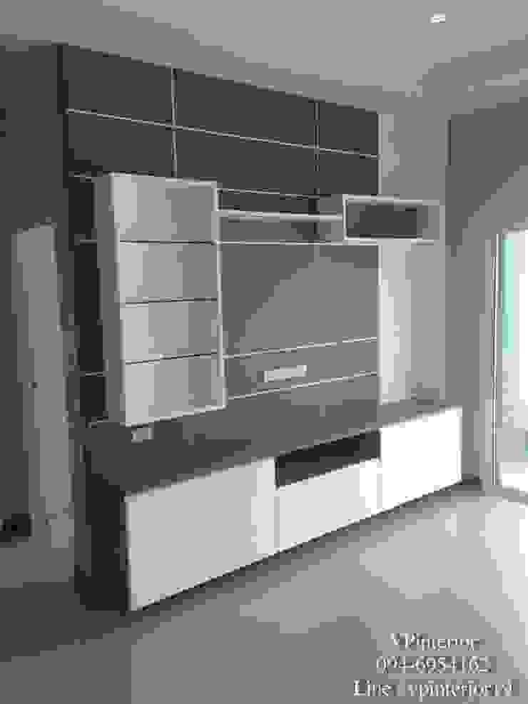 Shelf โดย รับออกแบบตกแต่งภายใน