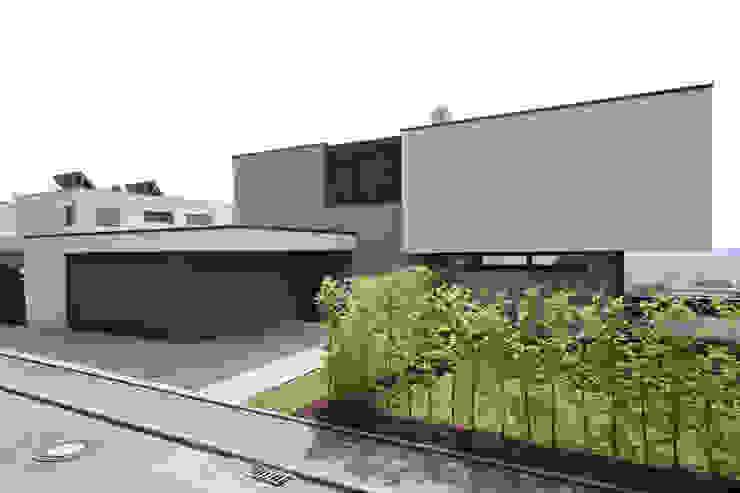 Einfahrt Architekturbüro zwo P Einfamilienhaus