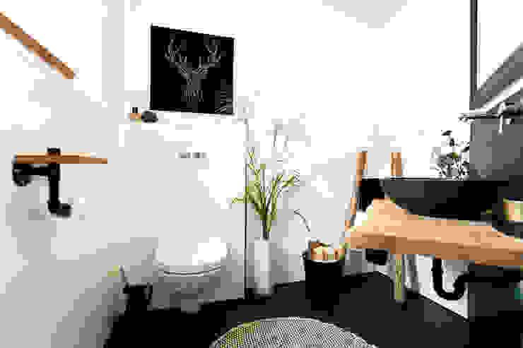 Banovo GmbH Salle de bain rustique