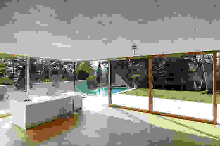 Столовые комнаты в . Автор – Architekt Zoran Bodrozic,