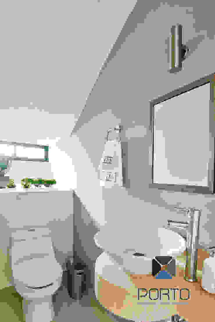 PORTO Arquitectura + Diseño de Interiores Phòng tắm phong cách hiện đại