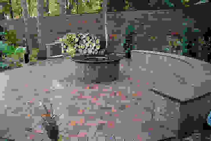 Сосновый бор Сад в стиле лофт от ПАН Ландшафт Лофт