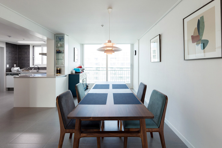 Dining room by 한디자인 / HAN DESIGN